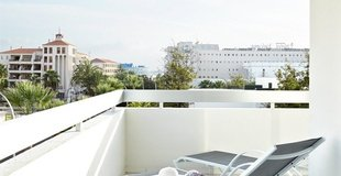 SEA VIEW JUNIOR SUITE Hotel Coral Suites & Spa